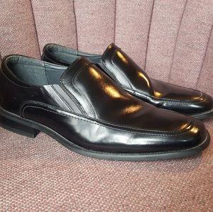 Vintage Stacy Adams men's black leather loafers